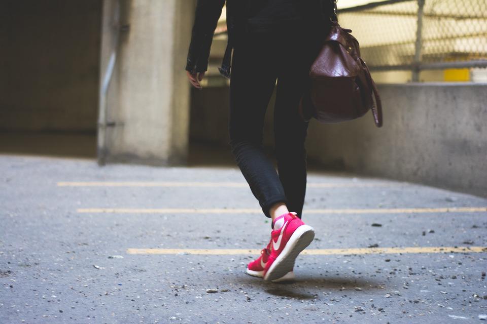 Dlaczego warto mieć buty sportowe?