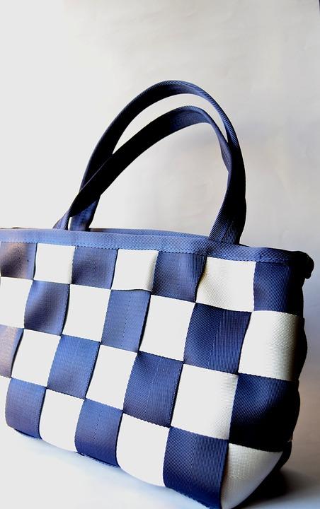 Dlaczego warto wybrać torebkę na ramię?